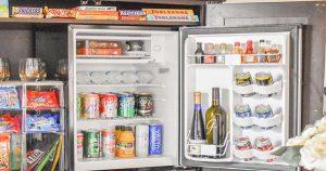 cách sắp xếp đồ trong minibar